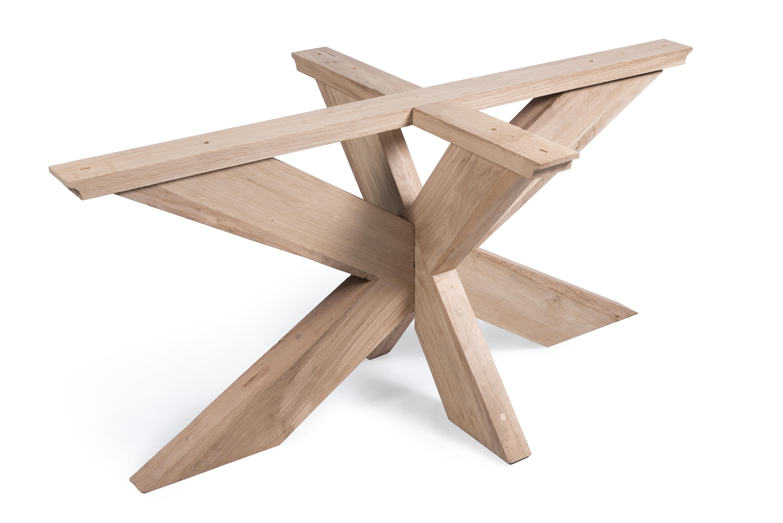 Stoer onderstel leverbaar in hout en metaal